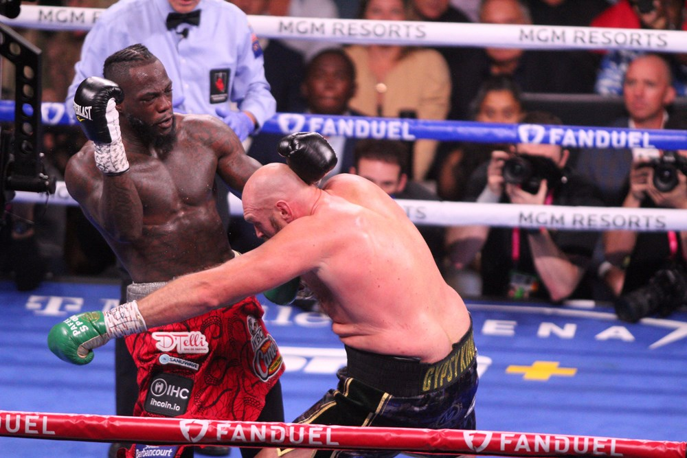 Dev maçta Fury, Wilder'ı nakavtla yendi  - 8. Foto