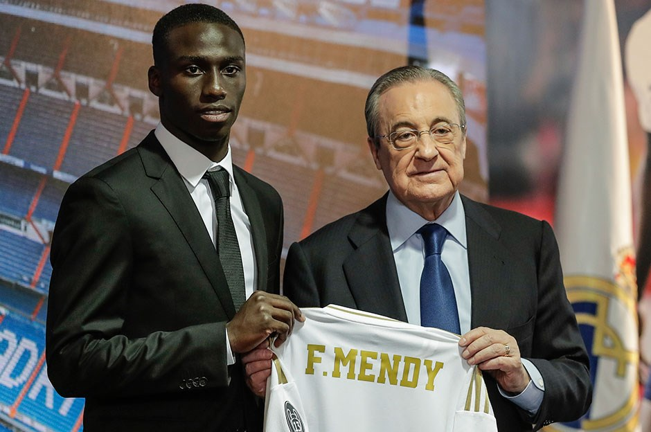 Real Madrid, Mendy'yi tanıttı