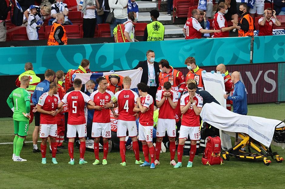 Euro 2020'De Christian Eriksen Kalp Krizi Geçirdi!