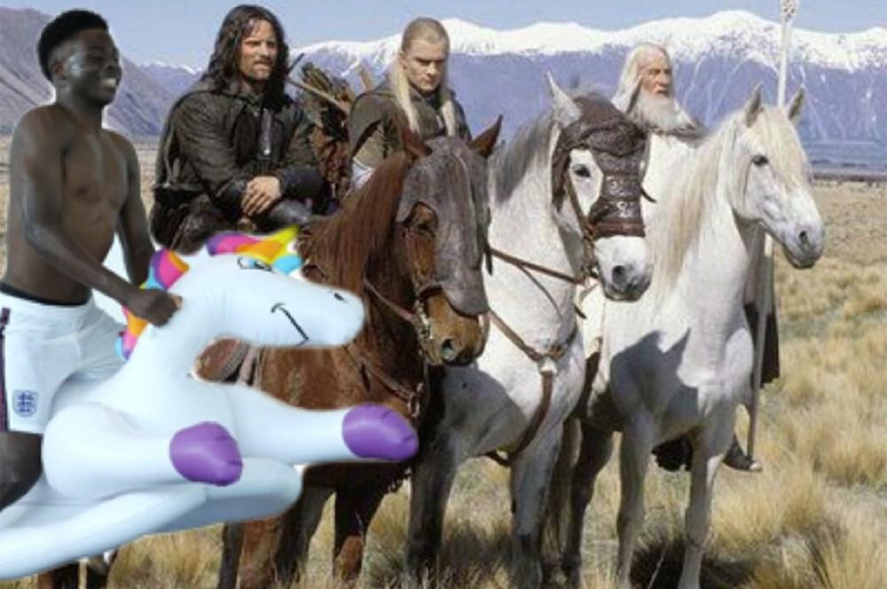 İngilizlerin unicorn'lu eğlencesi viral oldu!  - 9. Foto