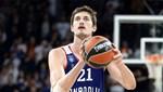 Anadolu Efes'te Tibor Pleiss ile 2 yıllık yeni sözleşme