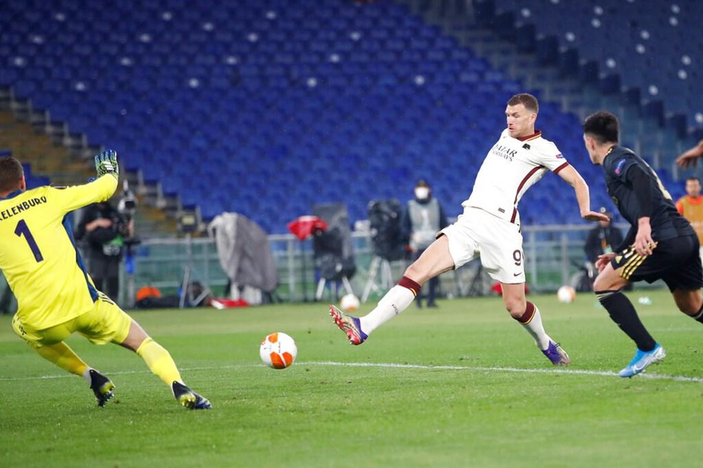 Roma ve Manchester United yarı finalde