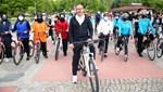 Bakan Kasapoğlu, gençlerle bisiklet sürdü