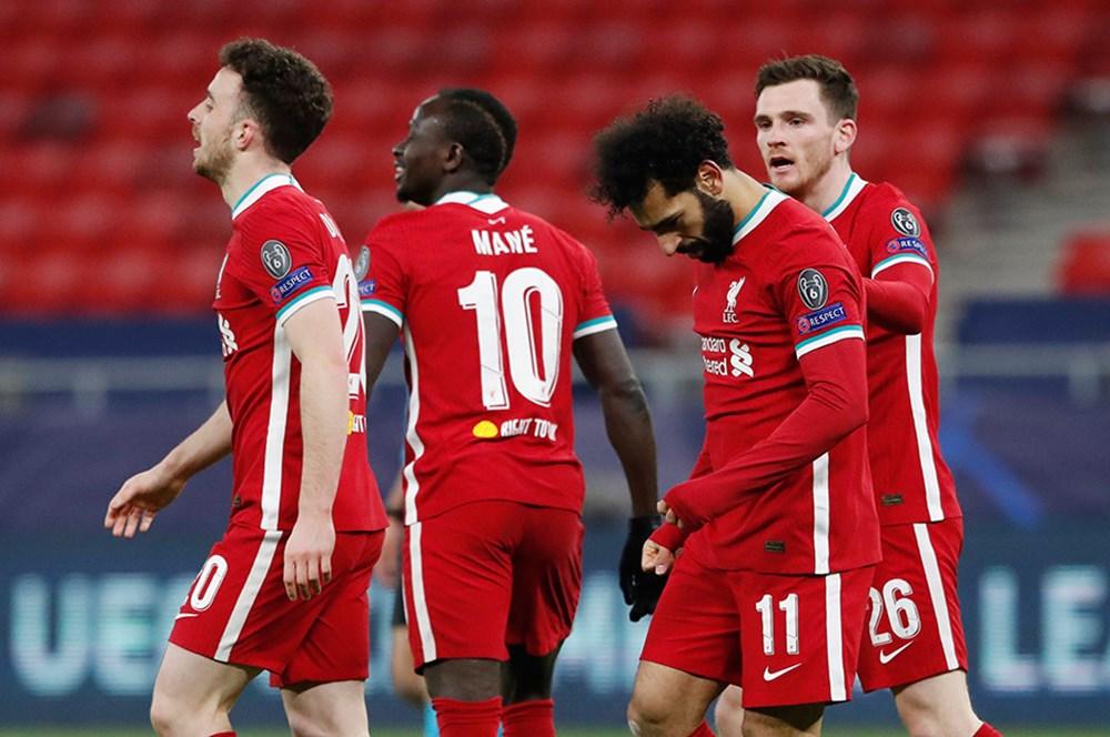 12 kulüp, Avrupa Süper Ligi'ni kurdu - 11. Foto