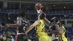 ÖZET: Fenerbahçe Beko 80-41 UNICS Kazan