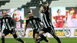 Beşiktaş yedek kulübesinde de lider
