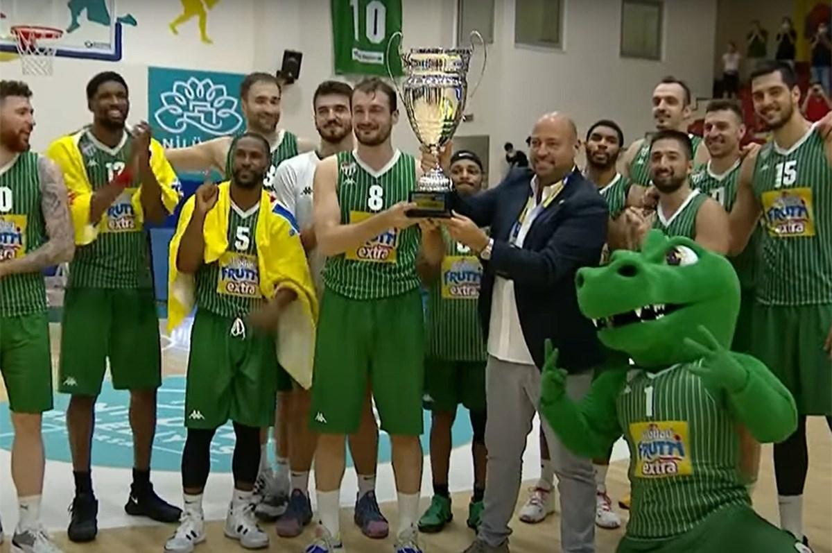 Frutti Extra Cup'ta şampiyon Bursaspor!
