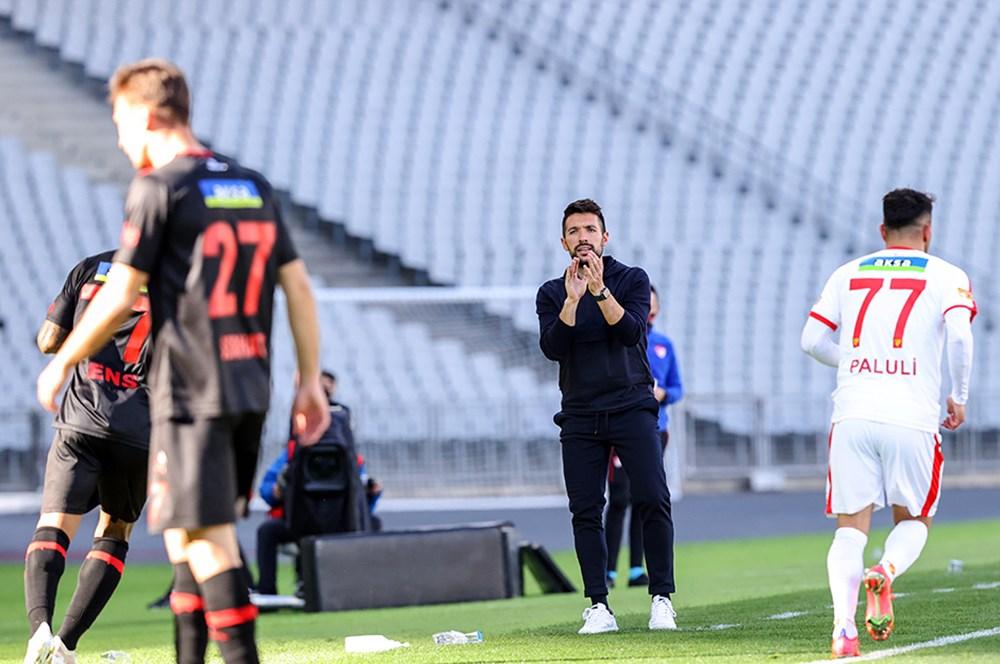 Süper Lig'de görevden ayrılan teknik direktörler  - 2. Foto