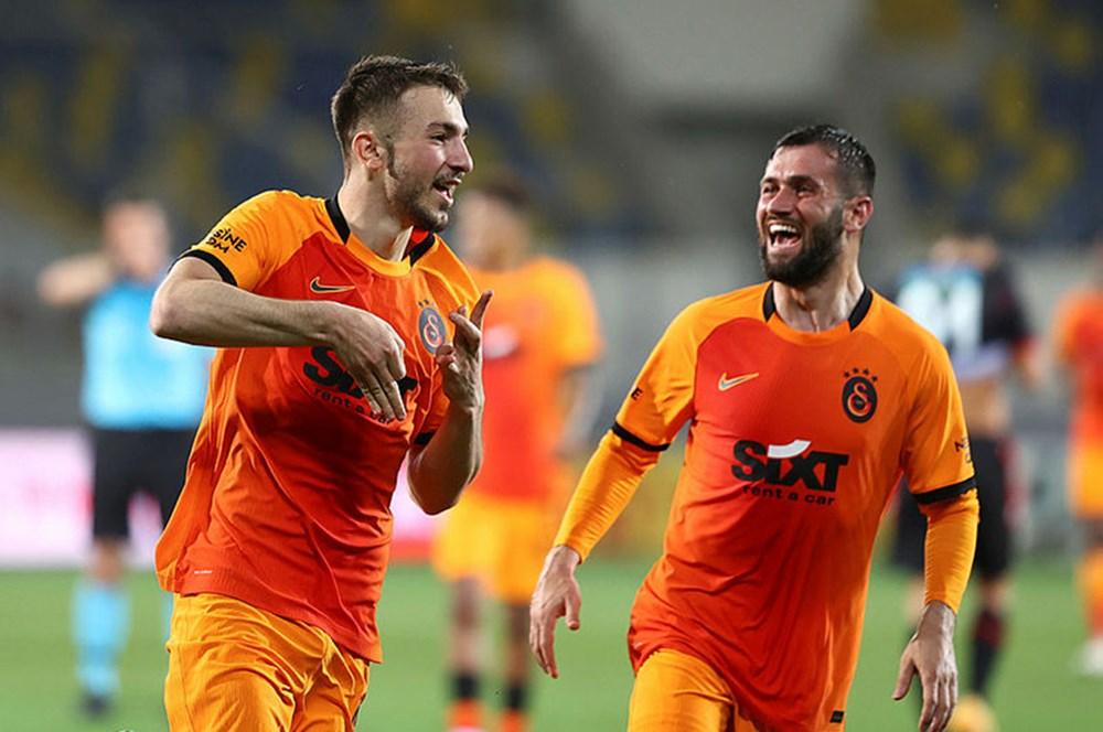 Galatasaray'da 12 futbolcunun sözleşmesi sona eriyor  - 12. Foto