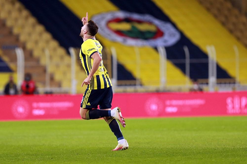 """""""Ben hiçbir zaman kendimi Fenerbahçe'den büyük görmedim""""   - 3. Foto"""