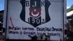 George Floyd protestolarında Beşiktaş yazısı