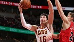 Cedi'den Chicago Bulls potasına 17 sayı