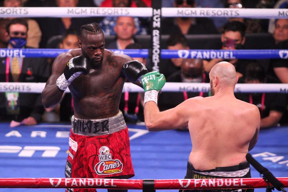 Dev maçta Fury, Wilder'ı nakavtla yendi  - 15. Foto