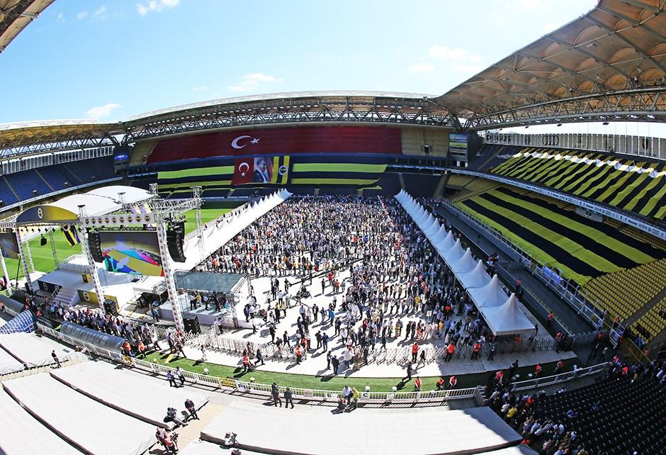 Son Dakika Fenerbahçe Kongre Günü Içerisinde Aziz Yıldırım Açıklaması Ve Ali Koç.