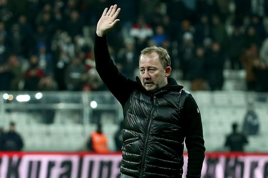 Sergen Yalçın'dan transfer açıklaması! 'Mandzukic ile ilgileniyoruz'