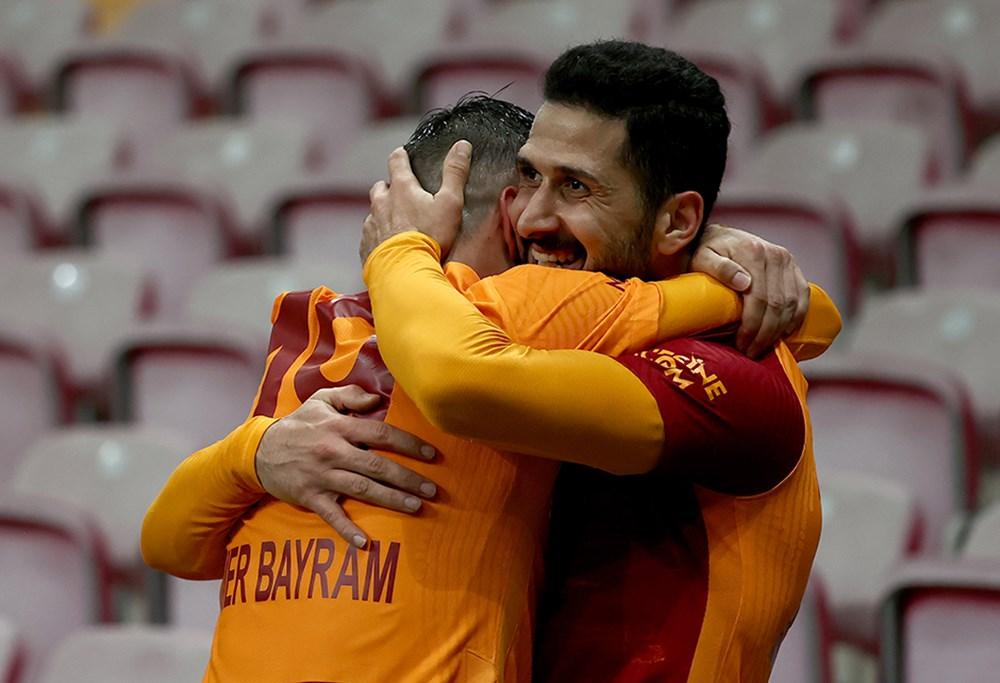 Galatasaray'ın yeni transferi Emre Akbaba!  - 5. Foto