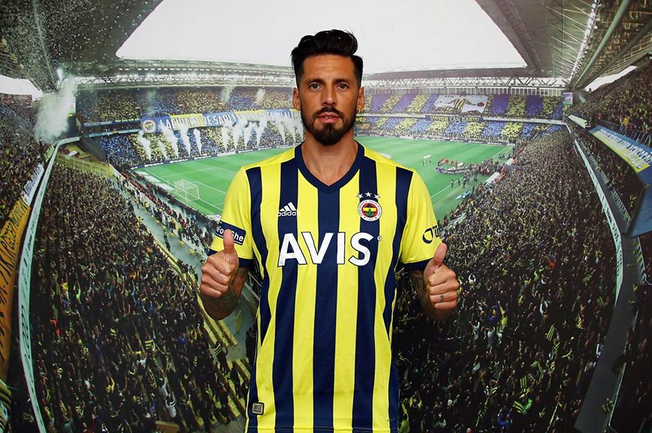 Fenerbahçe haberi: Jose Sosa'dan ayrılık açıklaması!
