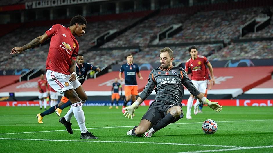 Manchester United: 4 - Medipol Başakşehir: 1   Maç sonucu