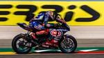 Milli motosikletçi Toprak Razgatlıoğlu, İtalya'da birinci oldu