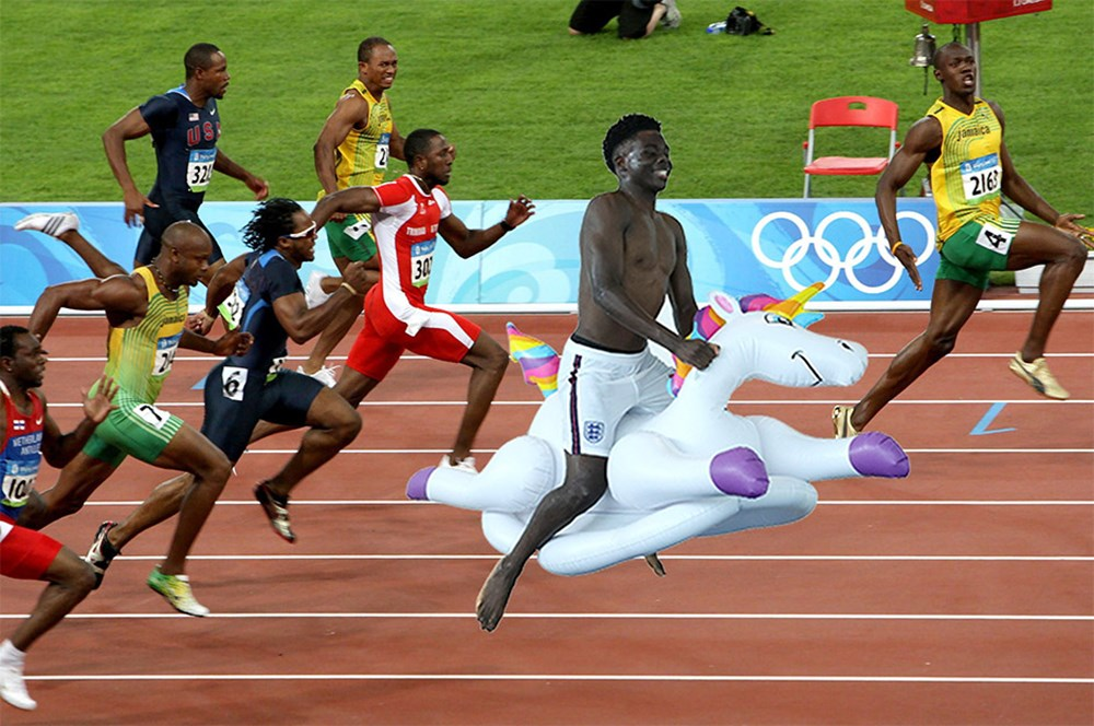 İngilizlerin unicorn'lu eğlencesi viral oldu!  - 18. Foto