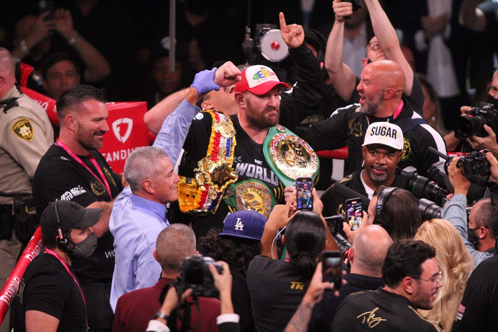 Dev maçta Fury, Wilder'ı nakavtla yendi  - 9. Foto