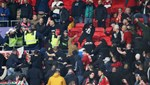 Wembley'de polis ile holiganlar arasında çatışma