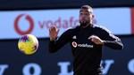 Beşiktaşlı futbolcuların karantina odalarına spor ekipmanları konuldu