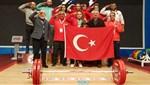 Milli halterci Melike Günal'dan Özbekistan'da 3 altın
