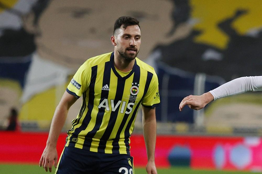 """""""Ben hiçbir zaman kendimi Fenerbahçe'den büyük görmedim""""   - 2. Foto"""