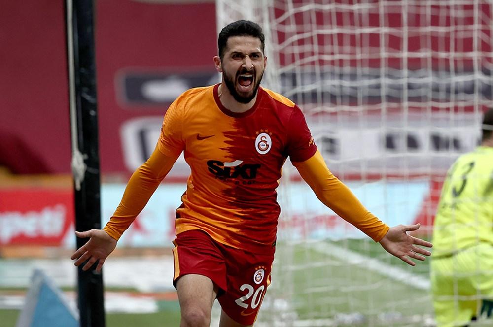 Galatasaray'ın yeni transferi Emre Akbaba!  - 2. Foto