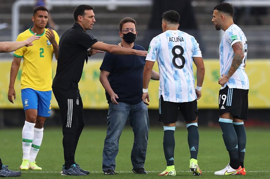 Tarihi olay! Brezilya-Arjantin maçında kaos   NTVSpor.net