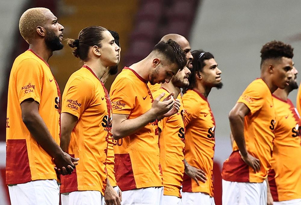 Galatasaray'da 12 futbolcunun sözleşmesi sona eriyor  - 1. Foto