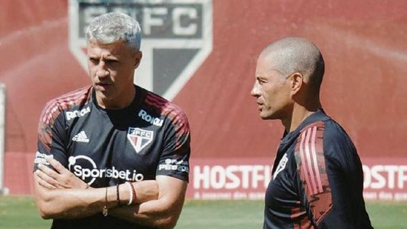 NTV Spor: Alex de Souza için teknik direktörlük kapısı açılıyor mu