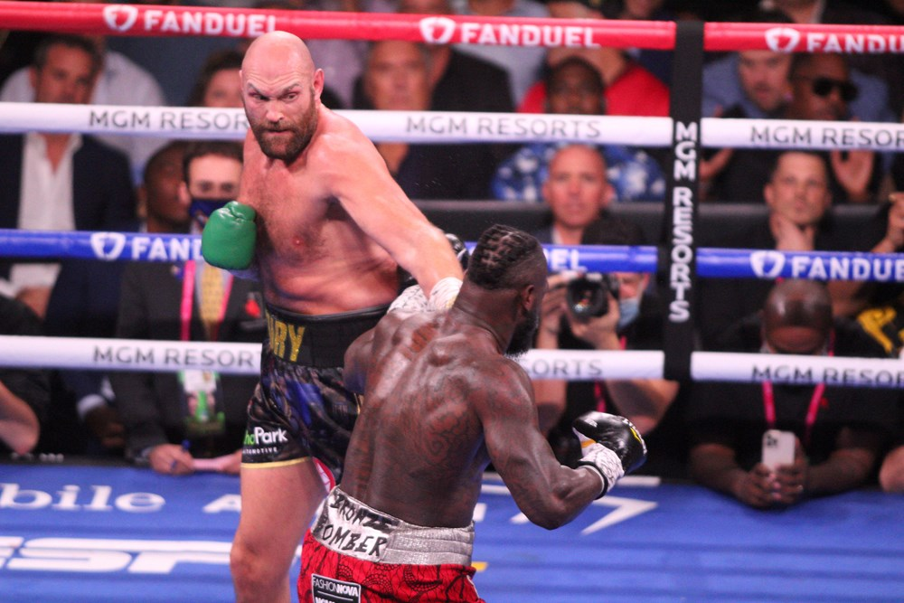 Dev maçta Fury, Wilder'ı nakavtla yendi  - 5. Foto