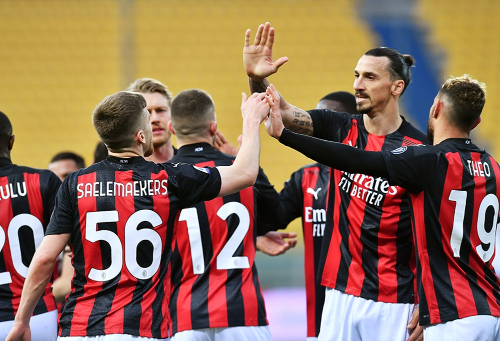 12 kulüp, Avrupa Süper Ligi'ni kurdu - 8. Foto