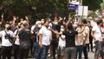 Beşiktaş'ta kriz! Taraftarlar, Sergen Yalçın'ın evinin önünde toplandı